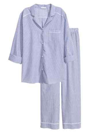 Ensemble pyjama SOLDE à 14,99 € : http://www2.hm.com/fr_fr/productpage.0437681001.html#Bleu/rayé